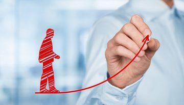 Как добиться повышения на службе: от подчиненного до руководителя