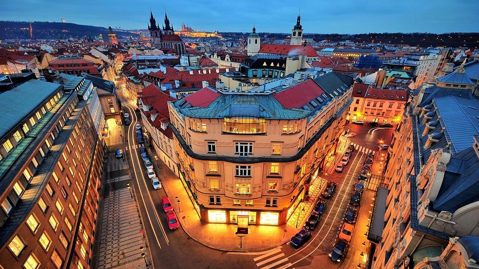 Компании Чехии вынуждены искать специалистов
