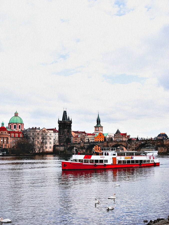 Количество мигрантов в Чехии