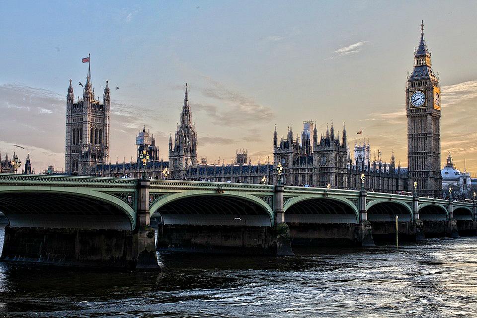 Иммиграция в Великобританию