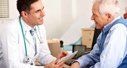 Правительство Чехии окажет финансовую поддержку медицинским работникам